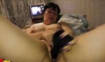 Chubby amateur babe fucks her shaved hole with a dildo
